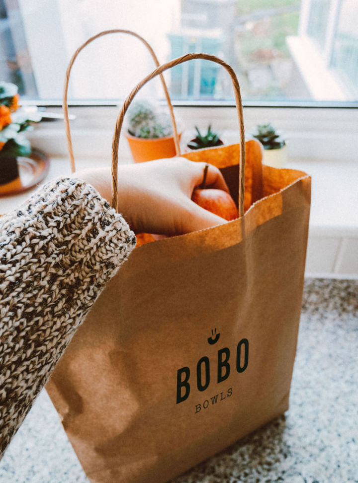 bobo_food-groceries-paper-bag_726x980_acf_cropped